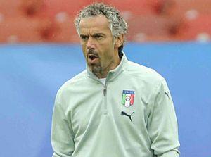 La tristezza di quest\'uomo rispecchia la faccia di tutti gli italiani